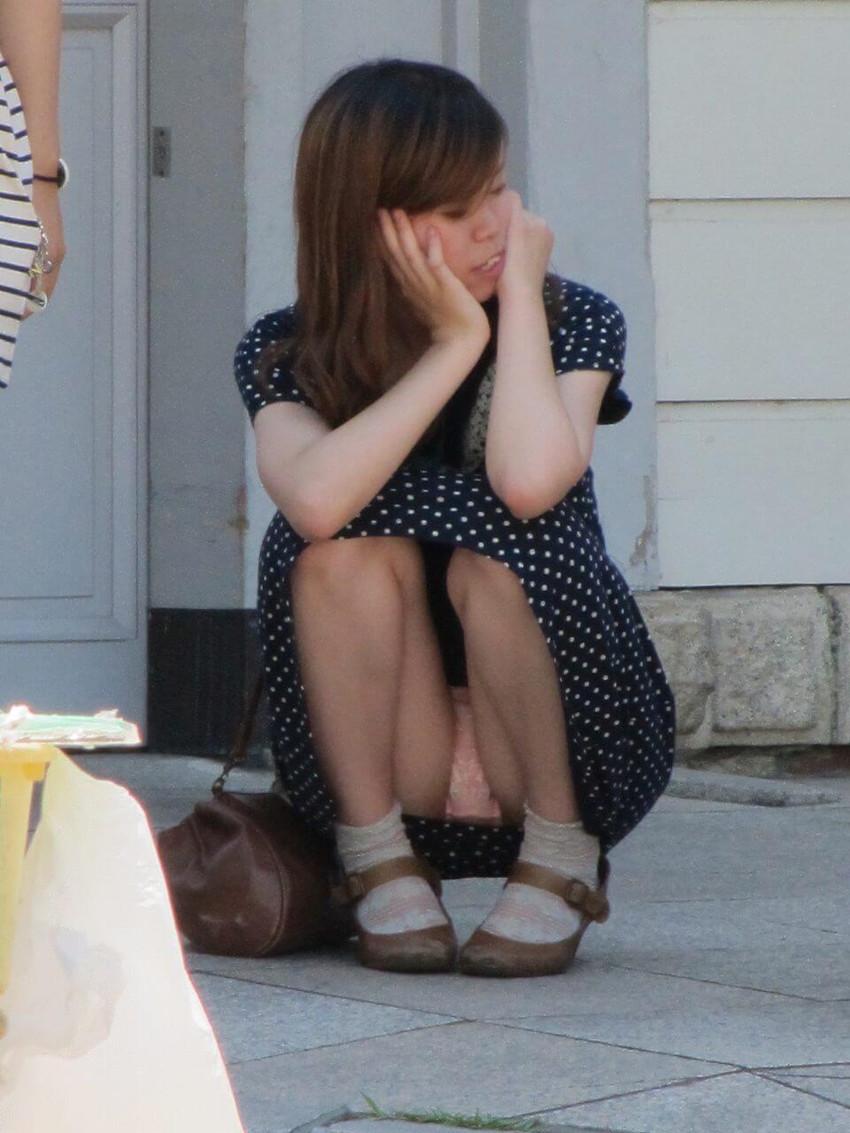 【パンツ丸見え素人エロ画像】透けパンや風パンチラ、しゃがみパンチラでパンティー丸見えになってる素人女子を盗撮したパンツ丸見え素人のエロ画像集!ww【80枚】 25