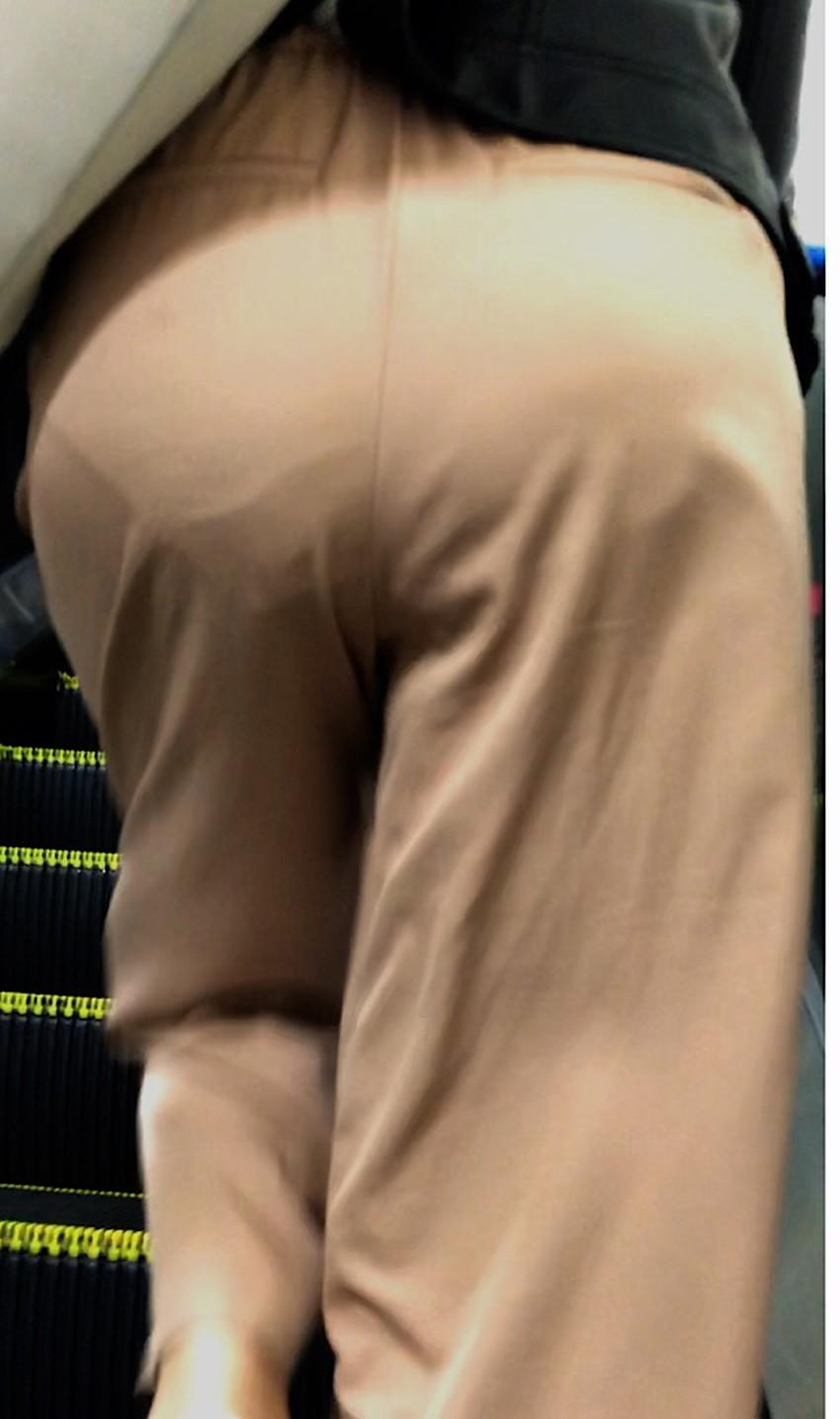 【ガウチョパンツエロ画像】街中で透けパンやパンティーラインが盗撮できちゃうガウチョパンツのエロ画像集ww!w【80枚】 28
