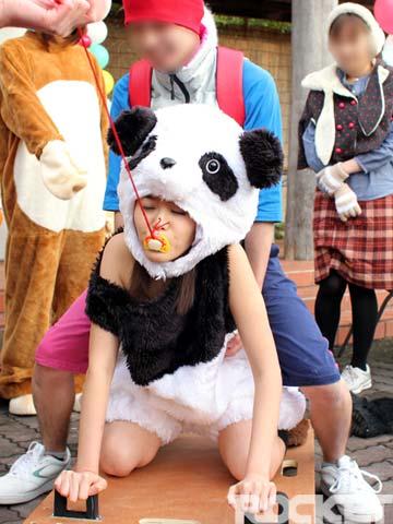 【着ぐるみエロ画像集】ロリフェイスな美少女達が着ぐるみでケモミミとおっぱいとおまんこをチラ見せさせてくれたら死んでもイイ!ww 38