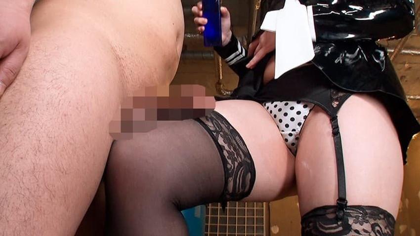 【ガーターベルトエロ画像】美尻と美脚を際立たせる痴女お姉さんのマストアイテムであるガーターベルトのエロ画像集!ww【80枚】 21