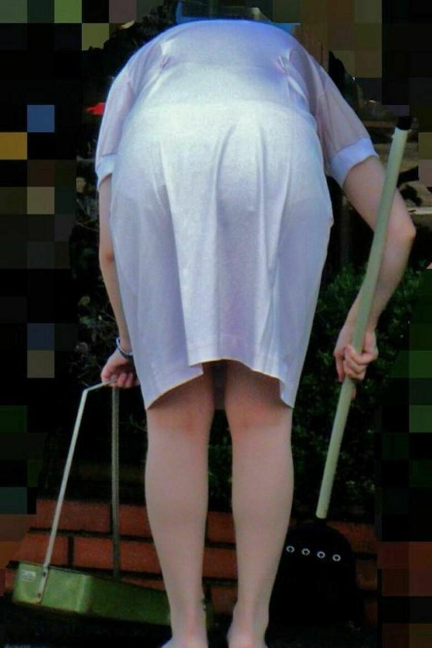 【パンツ透け透けエロ画像】薄手のスカートやズボンの素人娘のスケパンに盗撮したくなる衝動を抑えきれなくなるパンツ透け透けのエロ画像集!w【80枚】 67