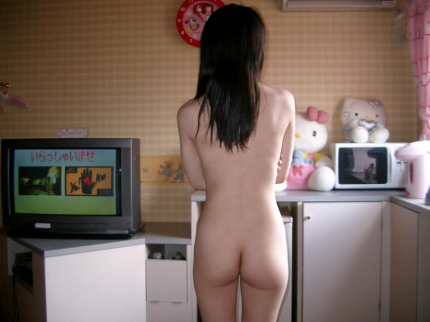 【小尻エロ画像】小尻な美少女が色白なちっちゃいお尻をプリッと突き出し誘惑してくれる小尻のエロ画像集!ww【80枚】 08