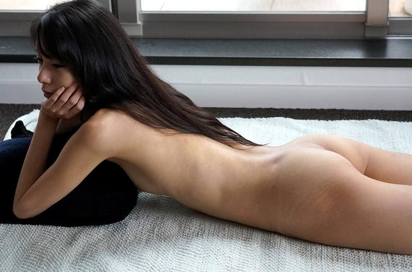 【小尻エロ画像】小尻な美少女が色白なちっちゃいお尻をプリッと突き出し誘惑してくれる小尻のエロ画像集!ww【80枚】 24