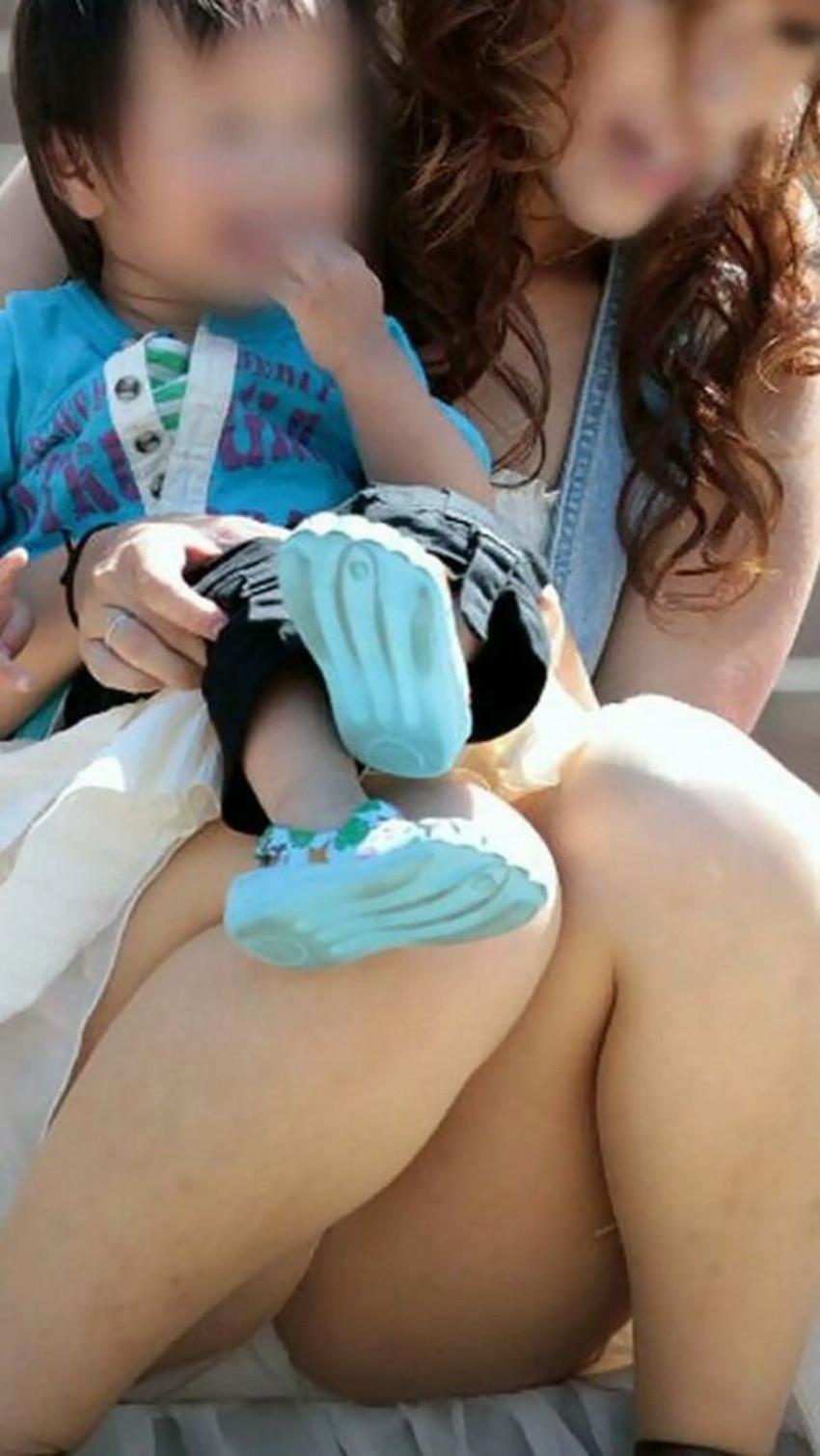 【人妻パンチラエロ画像】他人の妻のパンチラを目撃してプチNTR気分になれる人妻パンチラのエロ画像集!ww【80枚】 08