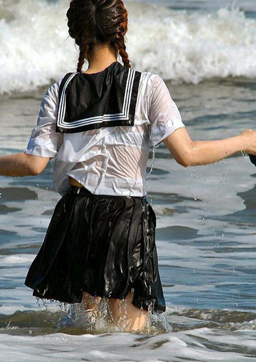 【びしょ濡れJKエロ画像】ぐぅカワJKの制服や体操服がびしょ濡れでブラジャーや乳首が透け透けになってるびしょ濡れJKのエロ画像集!w【80枚】 69