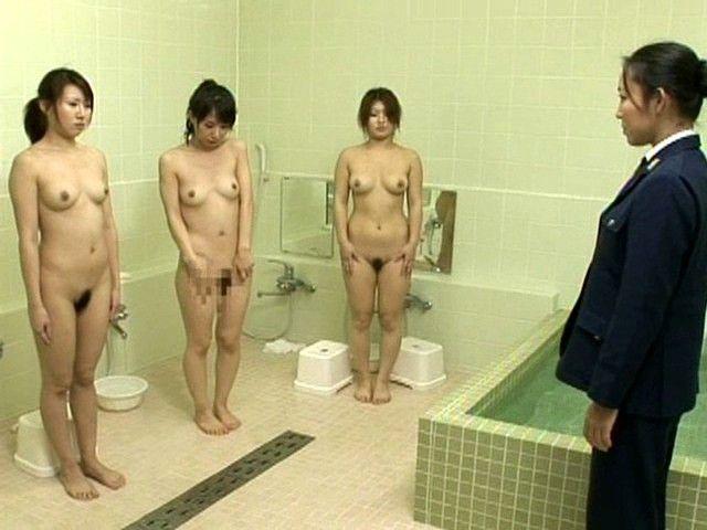 【女囚人エロ画像】シャバとちんこを求めて欲求不満痴女達がレズバトルしたりオナニーしまくる女囚人のエロ画像集ww【88枚】 49