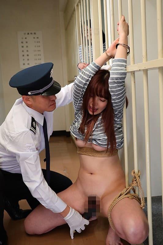 【女囚人エロ画像】シャバとちんこを求めて欲求不満痴女達がレズバトルしたりオナニーしまくる女囚人のエロ画像集ww【88枚】 88
