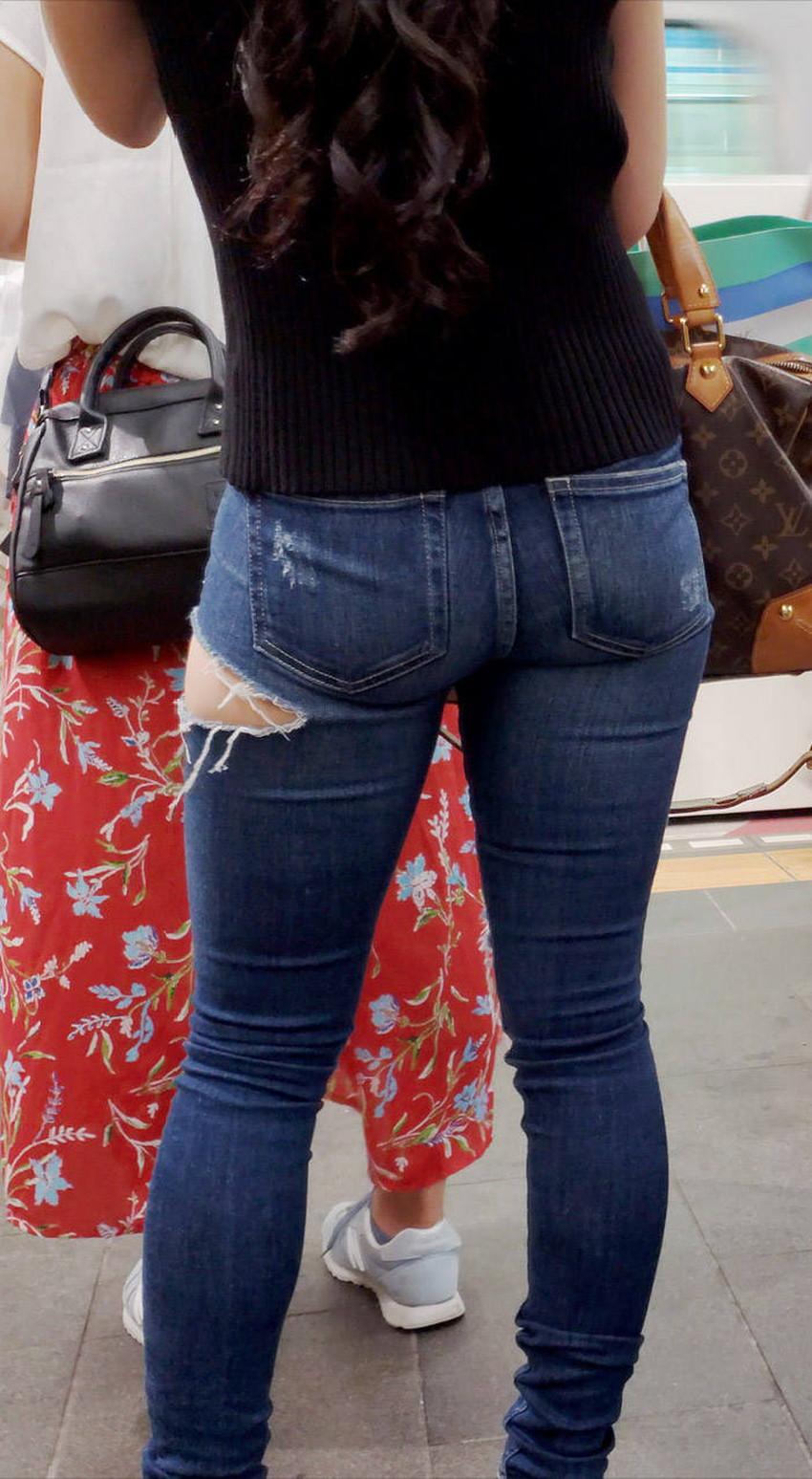 【ダメージジーンズエロ画像】ダメージすご過ぎて素人娘のパンティーが見えちゃってるダメージジーンズのエロ画像集!ww【80枚】 39