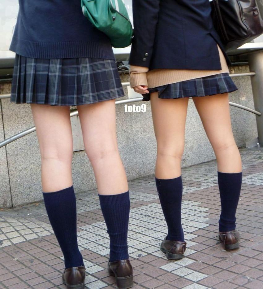 【膝裏フェチエロ画像】美少女JKや美脚お姉さんの膝裏は国宝級のエロさ!ww膝裏やもも裏を舐めてちんぽを擦りつけてる膝裏フェチのエロ画像集!ww【80枚】 12