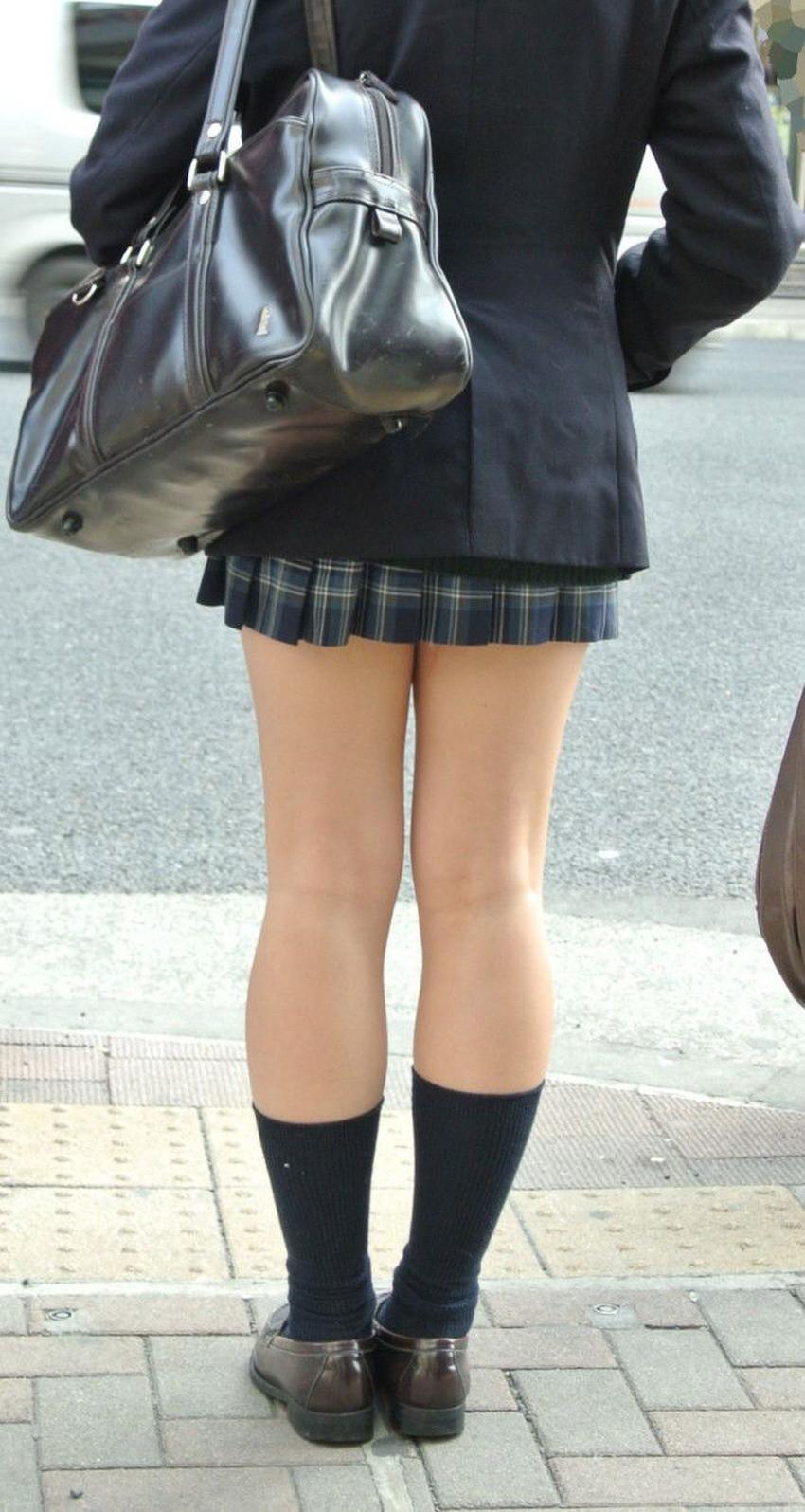 【膝裏フェチエロ画像】美少女JKや美脚お姉さんの膝裏は国宝級のエロさ!ww膝裏やもも裏を舐めてちんぽを擦りつけてる膝裏フェチのエロ画像集!ww【80枚】 15