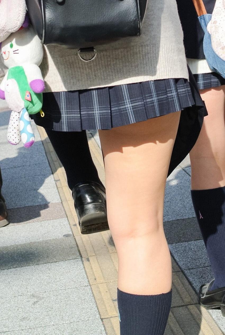 【膝裏フェチエロ画像】美少女JKや美脚お姉さんの膝裏は国宝級のエロさ!ww膝裏やもも裏を舐めてちんぽを擦りつけてる膝裏フェチのエロ画像集!ww【80枚】 25