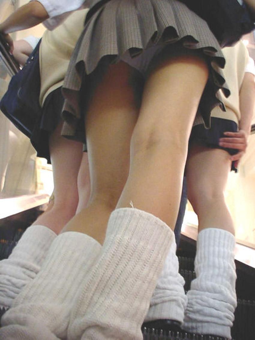 【膝裏フェチエロ画像】美少女JKや美脚お姉さんの膝裏は国宝級のエロさ!ww膝裏やもも裏を舐めてちんぽを擦りつけてる膝裏フェチのエロ画像集!ww【80枚】 28