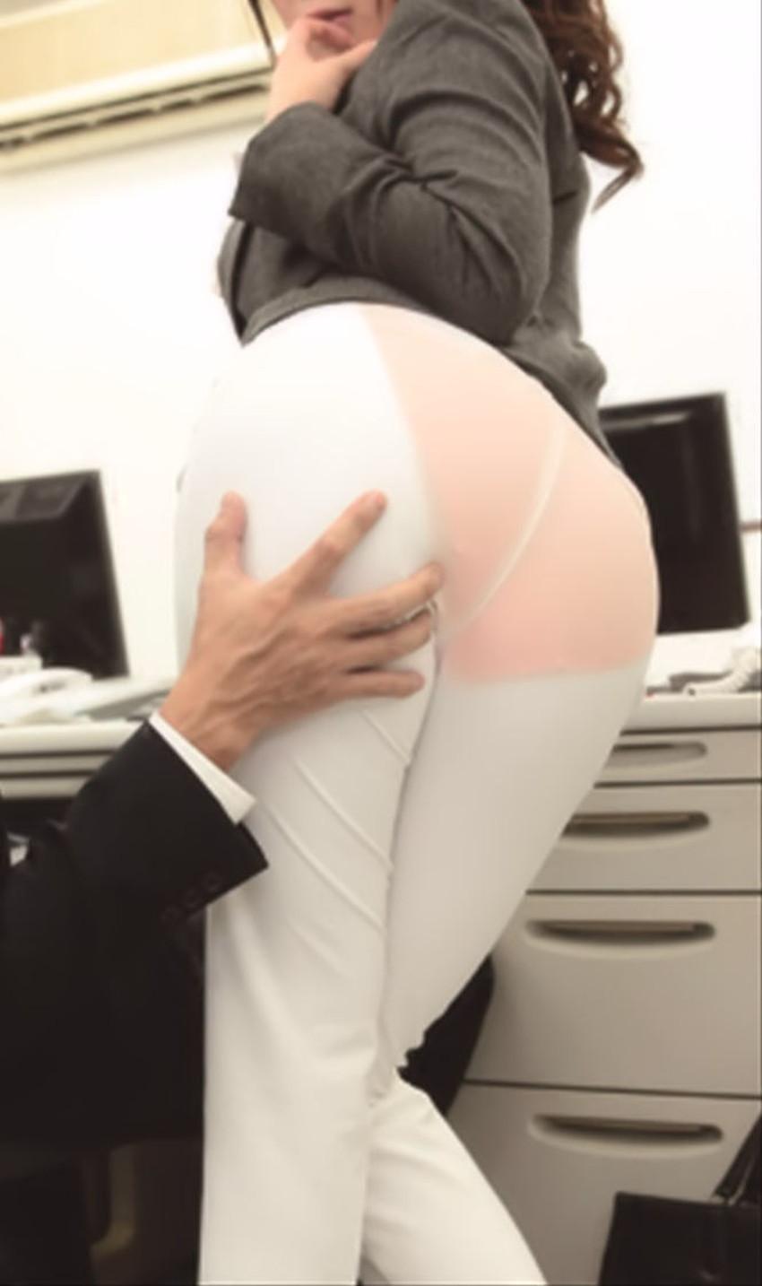 【パンツスーツコスプレエロ画像】仕事デキそうなパンツスーツOLはセックスも上手!パンツスーツ破られ着衣セックスしてるパンツスーツコスプレのエロ画像集w【80枚】 39
