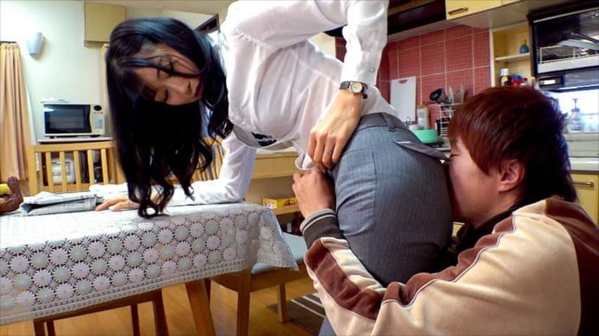 【パンツスーツコスプレエロ画像】仕事デキそうなパンツスーツOLはセックスも上手!パンツスーツ破られ着衣セックスしてるパンツスーツコスプレのエロ画像集w【80枚】 52