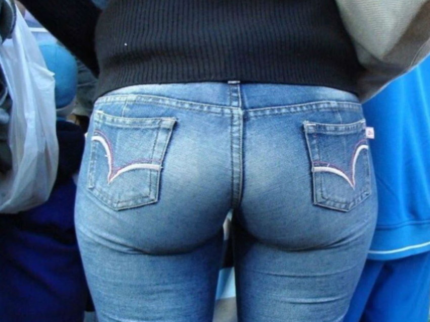【スキニーパンツエロ画像】スキニーパンツの美脚な素人女子が、パツパツの美尻やパンティーラインを見せつけてくれてスキニーパンツのエロ画像集!ww【80枚】 19