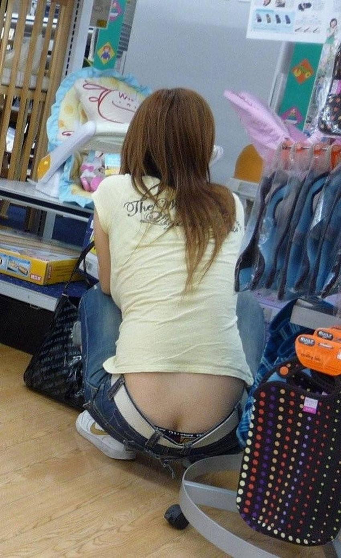 【スキニーパンツエロ画像】スキニーパンツの美脚な素人女子が、パツパツの美尻やパンティーラインを見せつけてくれてスキニーパンツのエロ画像集!ww【80枚】 29