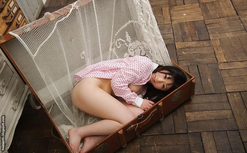 【ロリ尻エロ画像】ロリ美少女がまだ幼児体型な小尻をプリっとさせて微笑んでくれてるロリ尻のエロ画像集ww【80枚】 10
