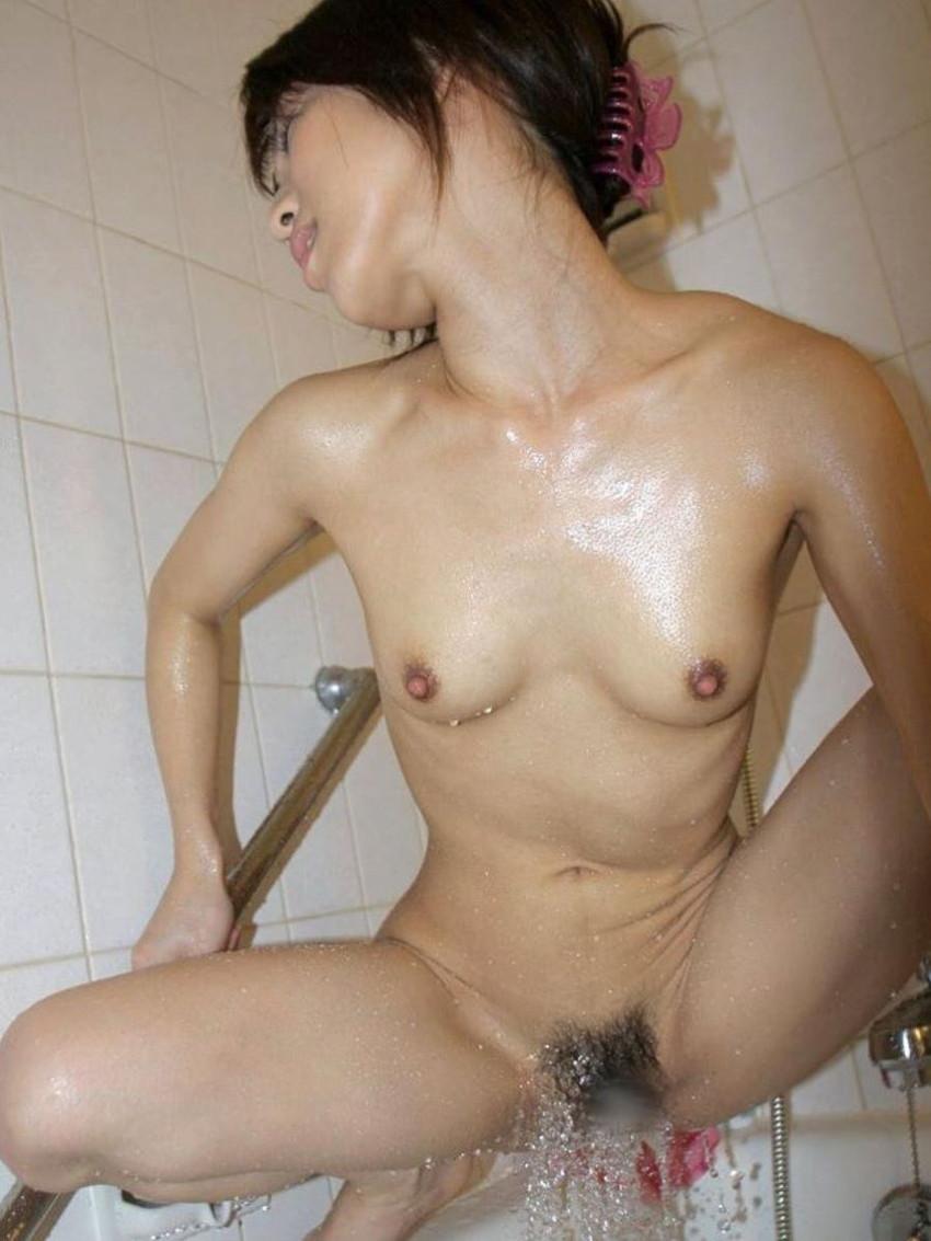 【お風呂オナニーエロ画像】欲求不満女子がお風呂で洗体してたらいつの間にか乳首やクリトリスをヌルヌル弄って一人エッチしてたお風呂オナニーのエロ画像集ww【80枚】 43