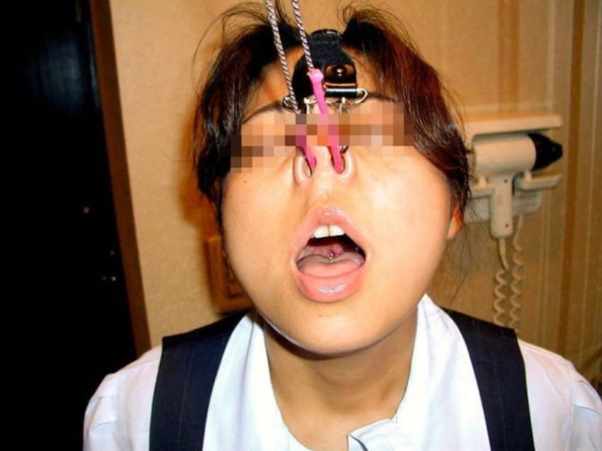 【鼻フックエロ画像】超美形なS級お姉さんも鼻フックでドMなブスビッチに!ww鼻フックでアヘ顔のメス豚調教されちゃってる鼻フックエロ画像集ww 72