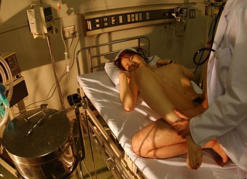 【病室セックスエロ画像】ビッチなナースや痴女ドクターが入院患者にフェラして騎乗位で腰振ってる禁断の病室セックスのエロ画像集!ww【80枚】 13