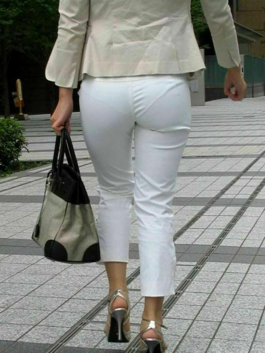 【パン線エロ画像】街中で素人女子のパン線探しちゃう男子必見!素人娘のタイトスカートやスキニーパンツからパンティーラインが丸見えのパン線エロ画像集ww【80枚】 59