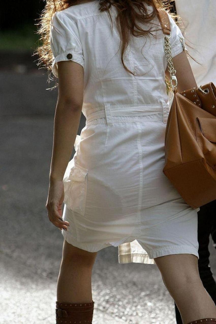 【パン線エロ画像】街中で素人女子のパン線探しちゃう男子必見!素人娘のタイトスカートやスキニーパンツからパンティーラインが丸見えのパン線エロ画像集ww【80枚】 60