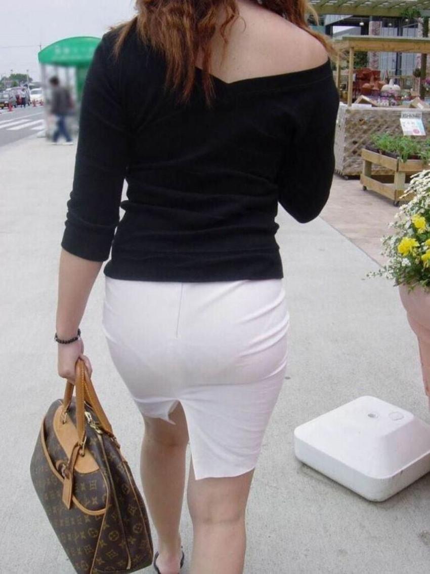 【パン線エロ画像】街中で素人女子のパン線探しちゃう男子必見!素人娘のタイトスカートやスキニーパンツからパンティーラインが丸見えのパン線エロ画像集ww【80枚】 77