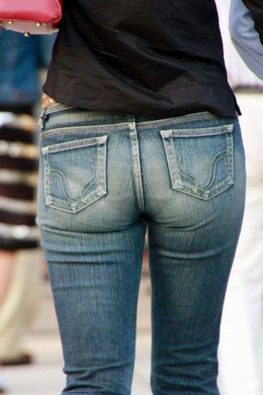 【パン線エロ画像】街中で素人女子のパン線探しちゃう男子必見!素人娘のタイトスカートやスキニーパンツからパンティーラインが丸見えのパン線エロ画像集ww【80枚】 79