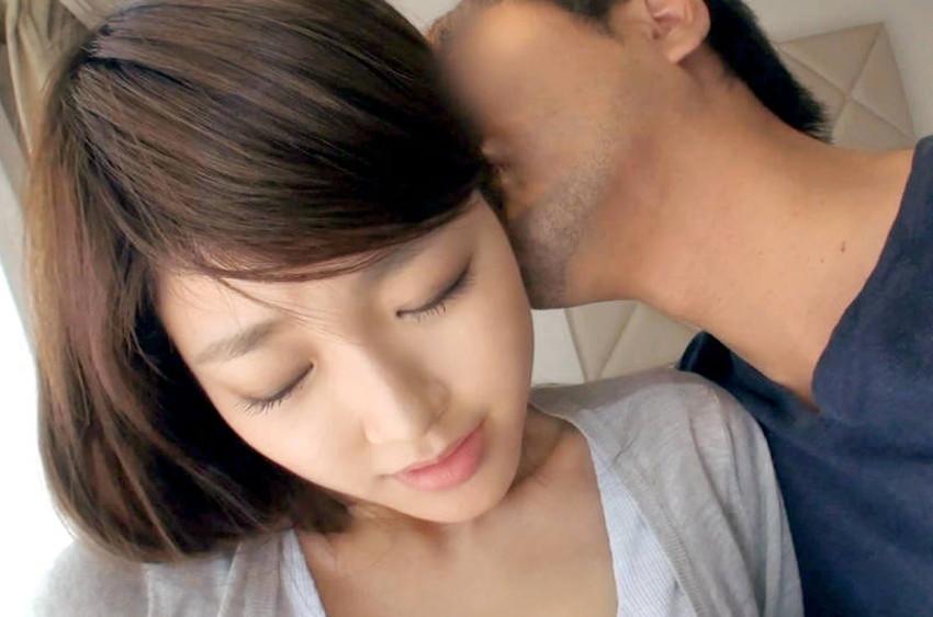 【耳舐めエロ画像】美女の美耳をペロペロ舐めて責めたり痴女が耳フェラをしてくれてる耳舐めのエロ画像集!ww【80枚】 62