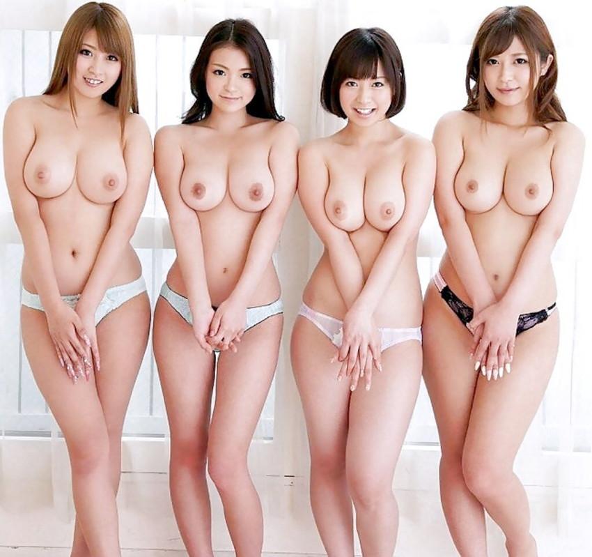 【集団ヌードエロ画像】ハーレムセックスしたくなる大量の美女達が全裸で誘惑してくれてる集団ヌードのエロ画像集!ww【80枚】 09