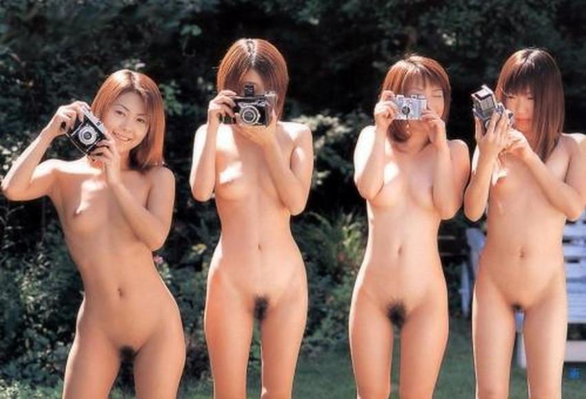 【集団ヌードエロ画像】ハーレムセックスしたくなる大量の美女達が全裸で誘惑してくれてる集団ヌードのエロ画像集!ww【80枚】 50