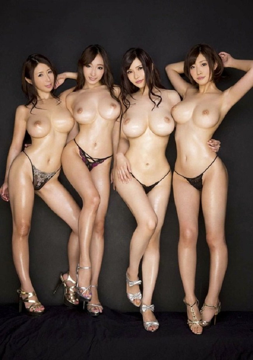 【集団ヌードエロ画像】ハーレムセックスしたくなる大量の美女達が全裸で誘惑してくれてる集団ヌードのエロ画像集!ww【80枚】 69