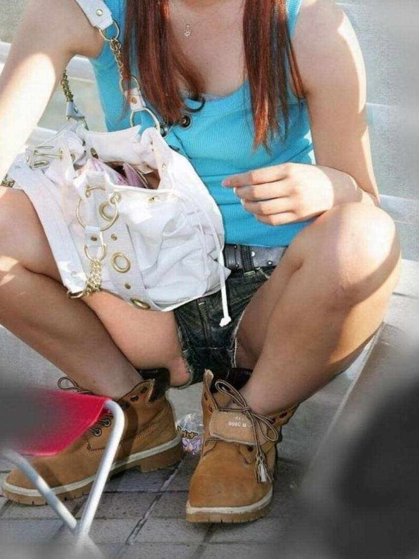【短パンパンチラエロ画像】オシャレ女子がを開いたらショートパンツの脇からガチパンティーが見えちゃってる短パンパンチラのエロ画像集!ww【80枚】 51