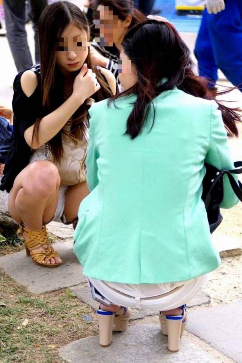 【短パンパンチラエロ画像】オシャレ女子がを開いたらショートパンツの脇からガチパンティーが見えちゃってる短パンパンチラのエロ画像集!ww【80枚】 72