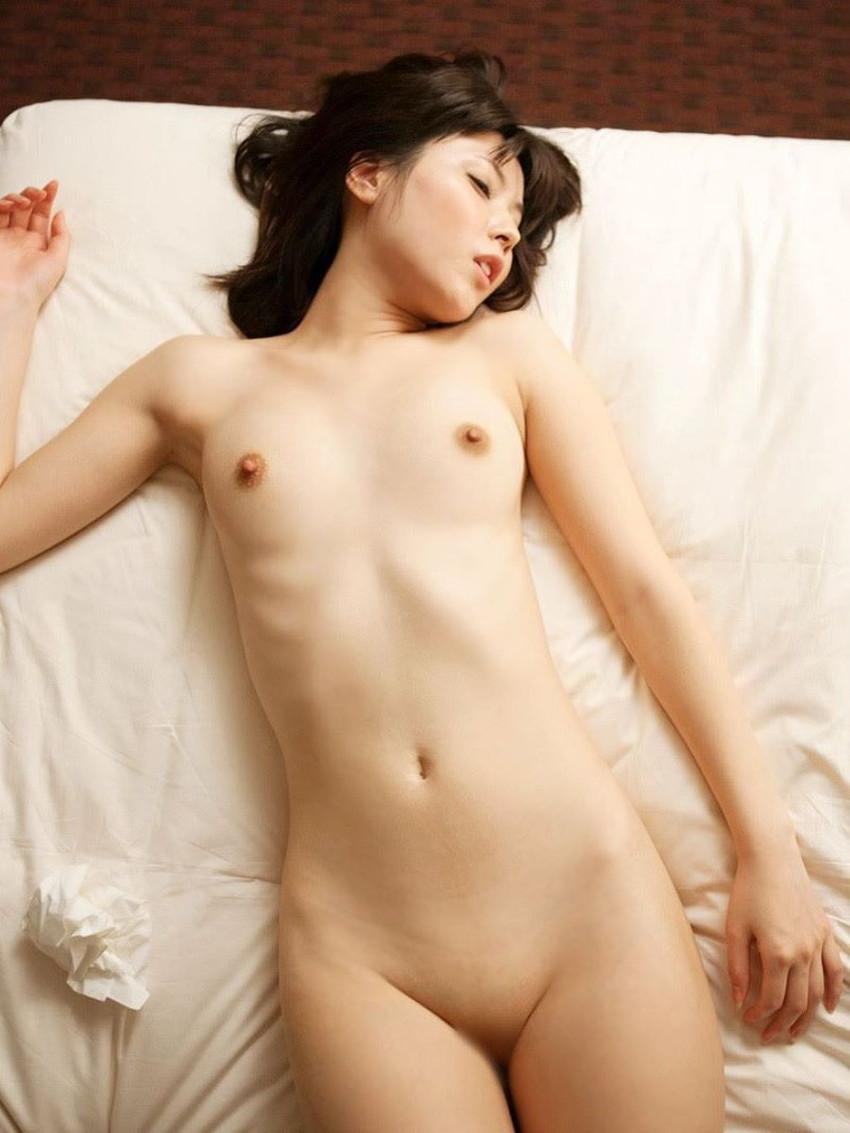 【貧乳美少女エロ画像】ペチャパイでも許されるカワイ過ぎるロリ娘が勃起した乳首を見せてくれてる貧乳美少女のエロ画像集w!ww【80枚】 39