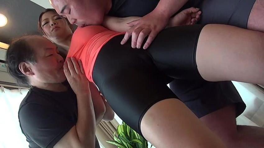 【スポユニコスプレエロ画像】女子スポーツのユニフォームやテニスウェアで着衣セックスして汗をほとばしらせてるスポユニコスプレのエロ画像集!【80枚】 57