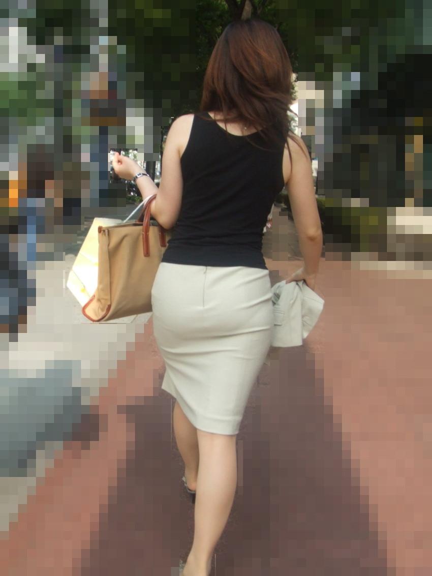 【パン透けスカートエロ画像】パンティーラインが透けちゃうタイトミニやマキシワンピで無防備に歩く美女達のパン透けスカートのエロ画像集!ww【80枚】 45