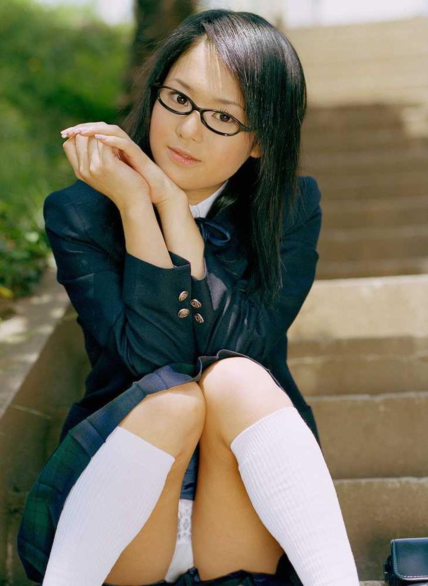 【メガネJKエロ画像】優等生のメガネっ娘を勉強の合間に調教して経験の少ないロリまんこにちんぽをブチ込んじゃってるメガネJKのエロ画像集!ww【80枚】 49