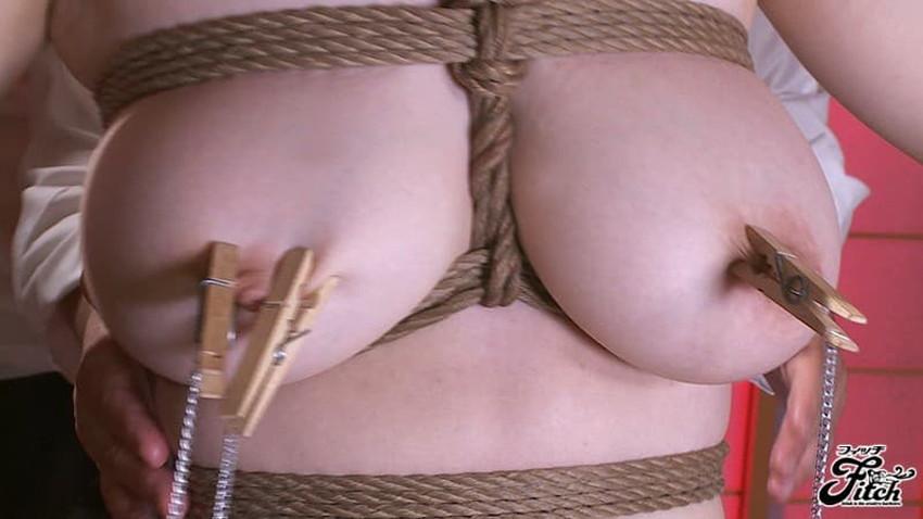 【縛り付け調教エロ画像】高飛車な美女に緊縛プレイをしてメス犬調教!ロープで縛られたりぶら下げられてバイブ責めされてる縛り付け調教のエロ画像集!ww【80枚】 28