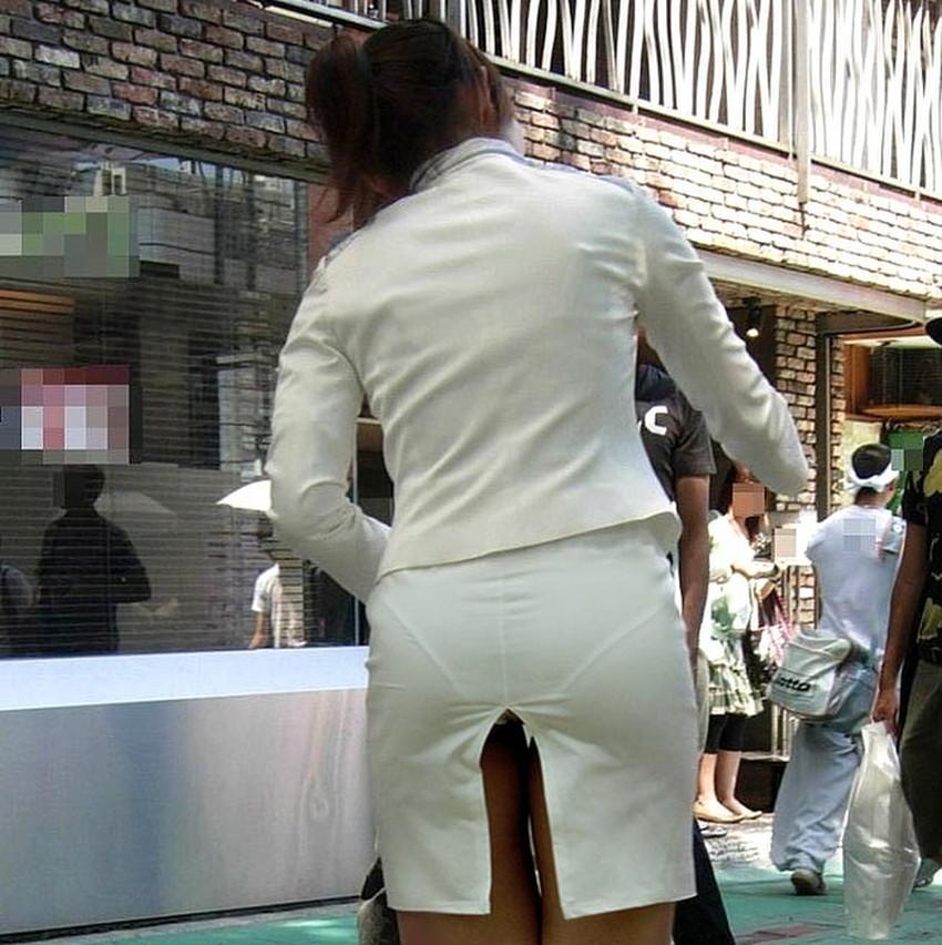 【スリットパンチラエロ画像】タイトスカートの美脚お姉さんのスリットから見えるパンチラが堪らないスリットパンチラのエロ画像集!w【80枚】 15