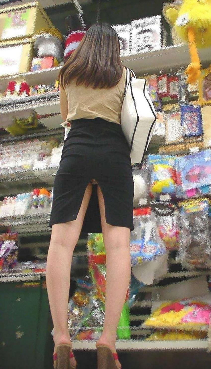 【スリットパンチラエロ画像】タイトスカートの美脚お姉さんのスリットから見えるパンチラが堪らないスリットパンチラのエロ画像集!w【80枚】 36