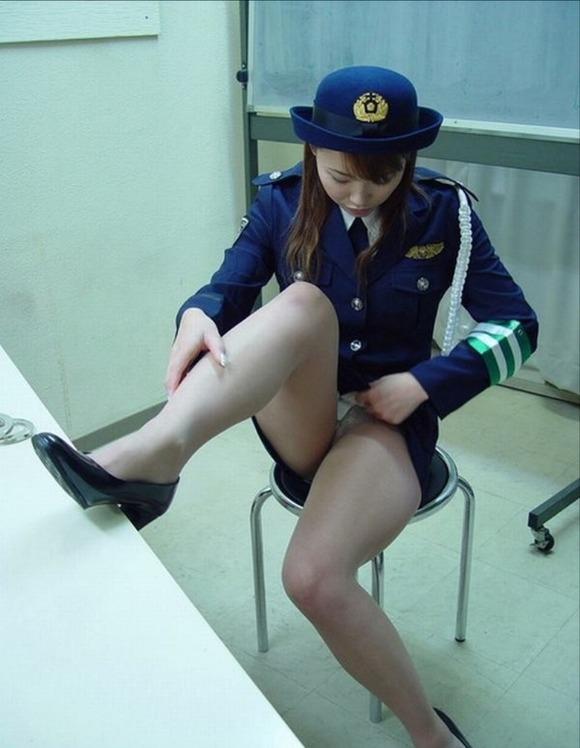 【ミニスカポリスエロ画像】わざと痴漢して手錠かけて逮捕されたいミニスカポリスのエロ画像集!ww【80枚】 06