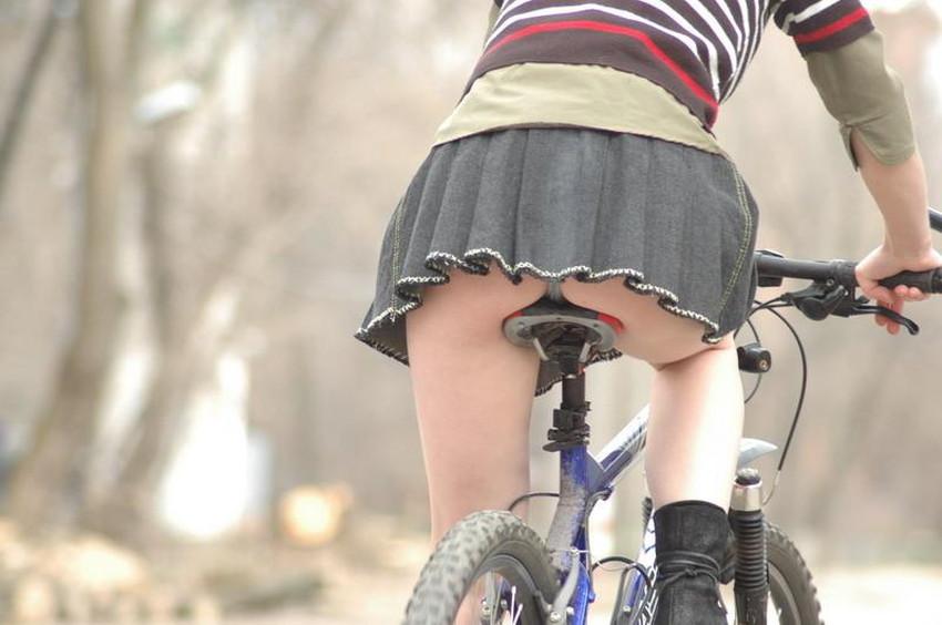 【自転車尻エロ画像】尻肉がサドルに食い込むチャリンコ女子をずっと見送っていられる自転車尻のエロ画像集!ww【80枚】 03