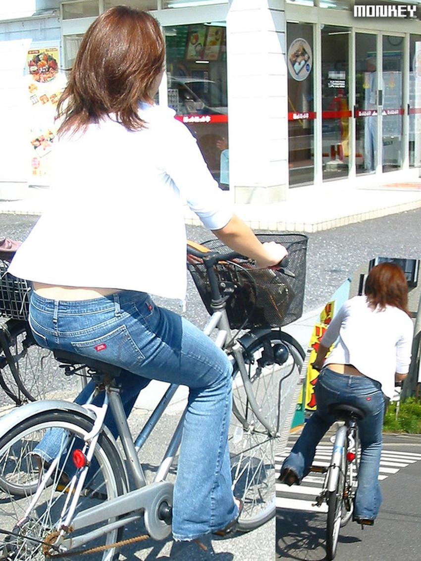【自転車尻エロ画像】尻肉がサドルに食い込むチャリンコ女子をずっと見送っていられる自転車尻のエロ画像集!ww【80枚】 52