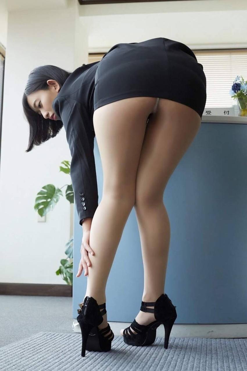 【自発的パンチラエロ画像】女子自らスカートを捲ってパンティーを見せてくれる自発的パンチラのエロ画像集!ww【80枚】 30