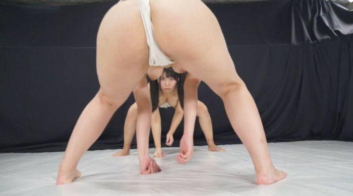 【女相撲エロ画像】美女やデカ尻人妻たちがふんどしを食い込ませてガチバトルする女相撲のエロ画像集!ww【80枚】 48