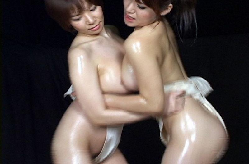 【女相撲エロ画像】美女やデカ尻人妻たちがふんどしを食い込ませてガチバトルする女相撲のエロ画像集!ww【80枚】 74