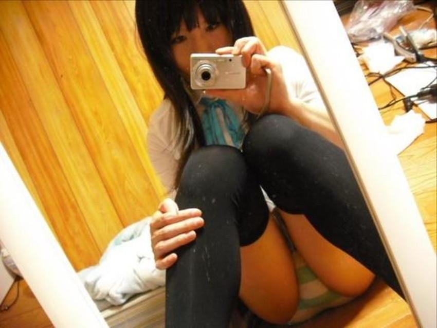 【ボーターパンツエロ画像】コスプレ美少女の縞パンや真面目系女子のボーター下着がセクシーランジェリーよりエロく感じるボーターパンツのエロ画像集!ww【80枚】 24