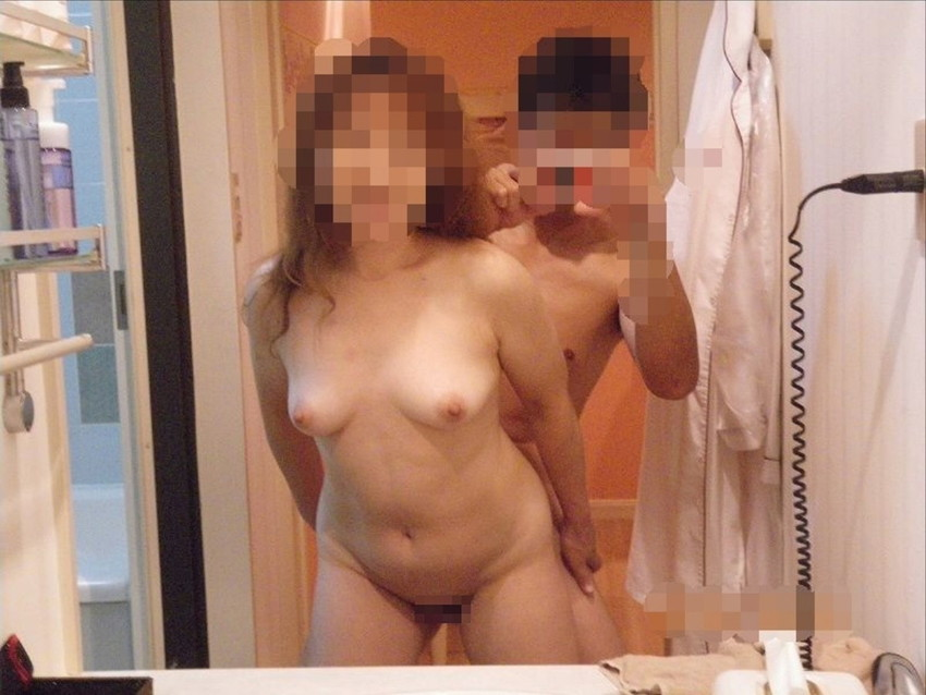 【鏡越しセックスエロ画像】鏡におまんこ移してセックスを観察している鏡越しセックスのエロ画像集!ww【80枚】 61