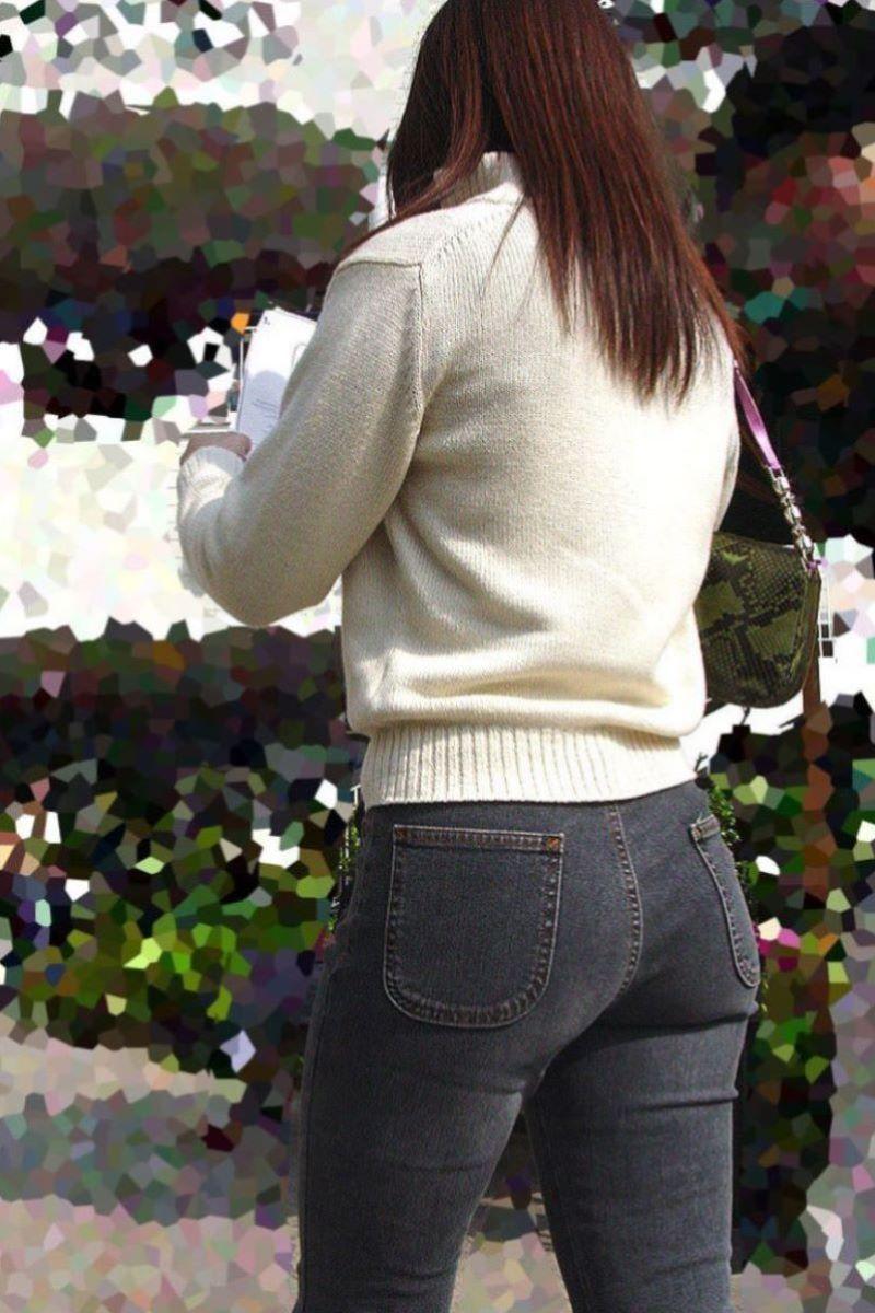 【ジーンズエロ画像】デカ尻娘や人妻のパツパツジーンズを視姦したり穴を開けて着衣セックスしちゃってるジーンズエロ画像集!ww【80枚】 68
